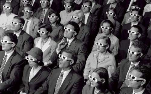audience-black-and-white-glasses-movie-movie-theater-people-favim-com-79937